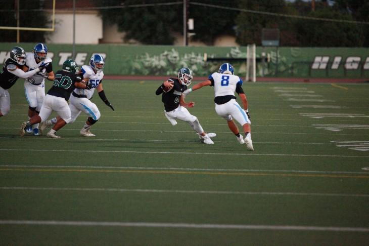 photo essay friday night lights in granada hills the plaid press photoessaypic5